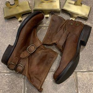 Lucky Brand Slip on LP Norton Boots w/ Buckles